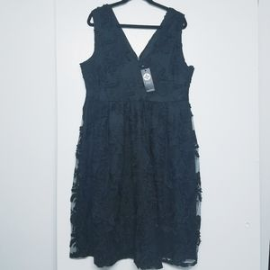 Boohoo Anne embroidered skater dress size 16 NWT